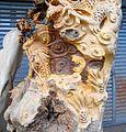 Root carving in Haikou 02.jpg