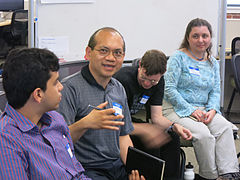 Roundtable-Discussions-June-2013-06.jpg