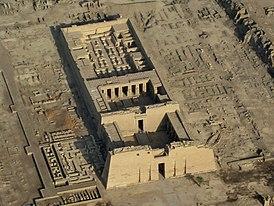 SFEC AEH -ThebesNecropolis-2010-RamsesIII045-2.jpg