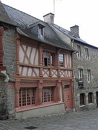 Saint-Brieuc (22) Rue Fardel N°32.JPG