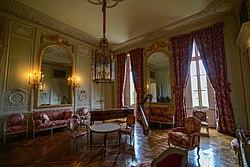 Salon de Compagnie - Petit Trianon (23935437909).jpg