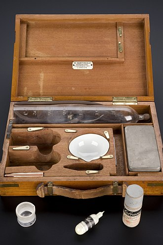 Arsphenamine - Salvarsan treatment kit for syphilis, Germany, 1909-1912
