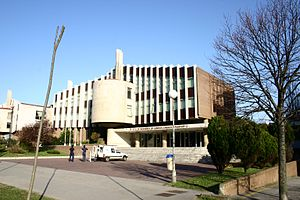 University of Cantabria - University of Cantabria: School of Civil Engineering.