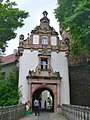 Schloss Wiesenburg - Torhaus (Wiesenburg Palace - Gatehouse) - geo.hlipp.de - 36412.jpg