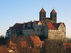 Quedlinburg, widok na wzgórze zamkowe
