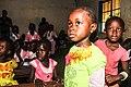 Schoolkinderen in Gambia onderwijs is belangrijk overal ter wereld.jpg