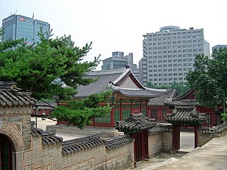 Deoksugung - Royal architecture in the Deoksu Palace.