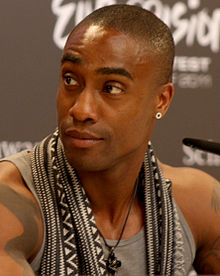 Description de l'image Simon Webbe 2011 cropped.jpg.