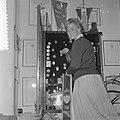 Sjoukje Dijkstra een dag thuis na de Europese Kampioenschappen in Garmisch, Sjou, Bestanddeelnr 911-0148.jpg