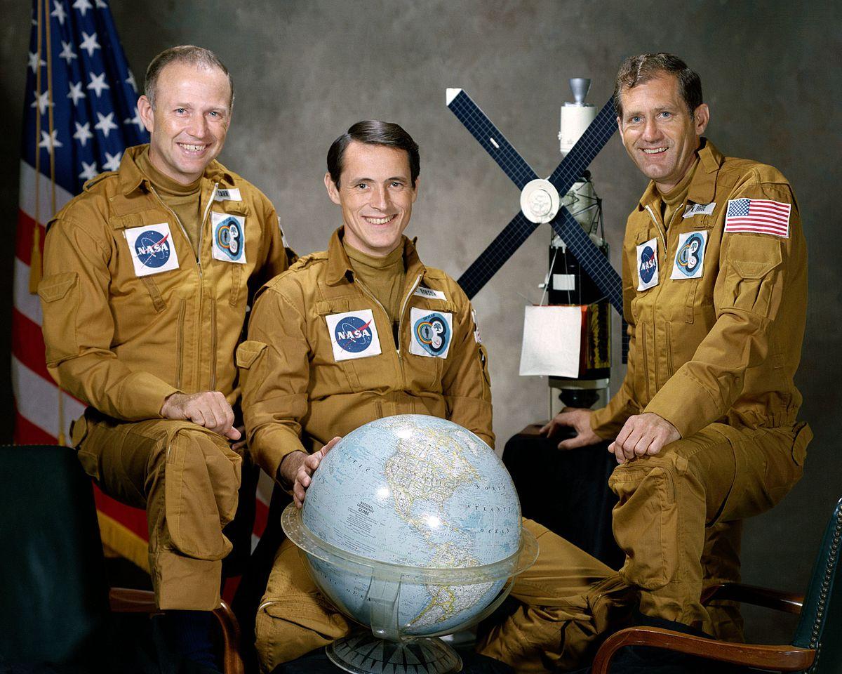 spacecraft crew - photo #35