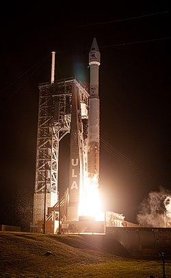 Solar Orbiter launch closeup.jpg