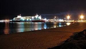 Spirit ofTasmania at night Sep 07.jpg