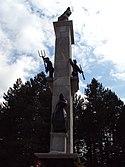 Споменик устанку народа Хрватске 1941. изнад места Срб