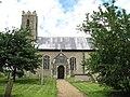 St Peter's church in Hedenham - geograph.org.uk - 1405731.jpg