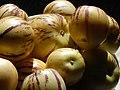 Starr-140402-0163-Solanum muricatum-fruit-Hawea Pl Olinda-Maui (24614798683).jpg