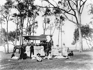 English: Family group at a Lota picnic ground,...