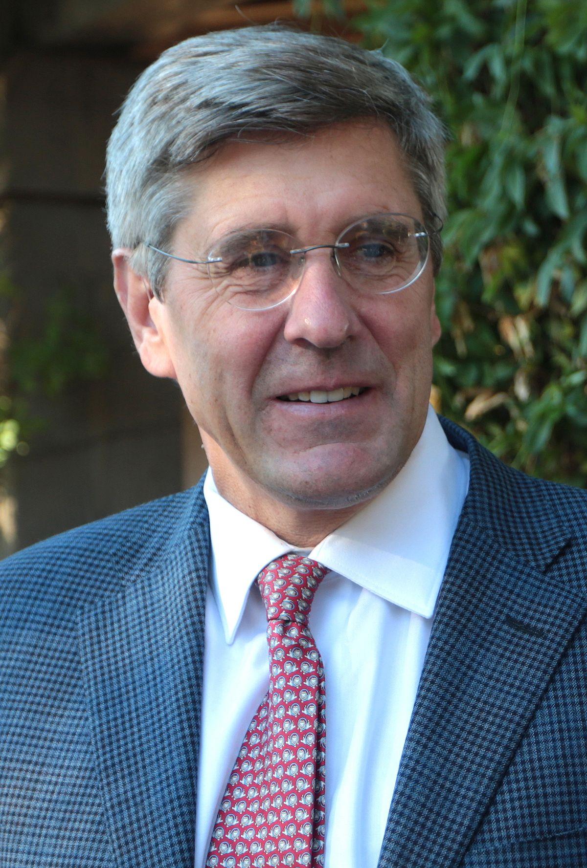 Stephen Moore (writer)
