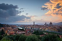 Sunset in Florence from the Piazza Michelangelo.jpg
