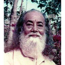 Hariharananda Giri - WikiVisually