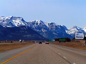 Alberta Highway 1 - Westbound to the Rocky Mountains