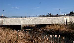 Leslie station - Enclosed bridge over the Don River