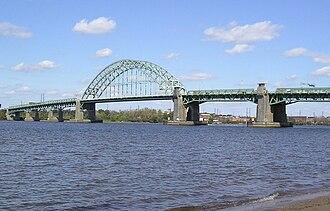 Tacony, Philadelphia - Tacony–Palmyra Bridge as seen from the New Jersey shoreline looking at Tacony