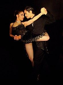 Tango dance 02.jpg