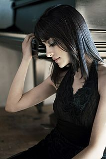 Tara Kamangar American musician