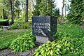 Teises maailmasõjas hukkunute ühishaud Väike-Maarjas.jpg
