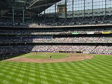 Description de l'image  The Brewers take on the Braves.jpg.