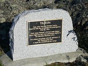 Tilikum (boat) - Plaque commemorating the voyage of the Tilikum