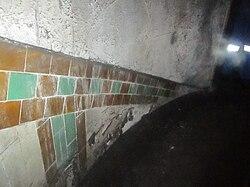 Tiling in Brompton Road Tube.jpg
