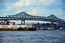 Tobin bridge 2009f.JPG