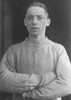 Tommy Jones (footballer, born 1909) - Jones in 1927