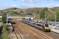 Totnes - CrossCountry 221134.jpg