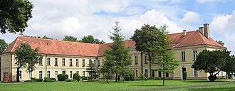 Trzebiatów - The palace in 2007