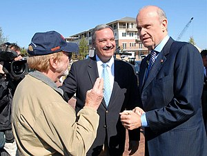 Jeff Miller (Florida politician) - Congressman Jeff Miller introduces former Senator and Republican party presidential candidate Fred Thompson at a Florida rally in 2007