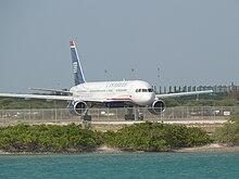 Us Airways Boeing 757 Departing