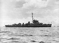 USS Elden (DE-264) at anchor, circa in 1945 (NH 107609).jpg