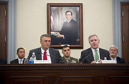 Secretary of the Navy (SECNAV) the Honorable Ray Mabus, right, and Deputy Assistant Secretary of the Navy (Energy) Thomas Hicks US Navy 100923-N-5549O-006 Secretary of the Navy (SECNAV) the Honorable Ray Mabus, right, and Deputy Assistant Secretary of the Navy (Energy) Thom.jpg