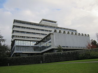 University of Auckland - Albert Barracks wall remnant and the General Library on the City Campus (June 2012)