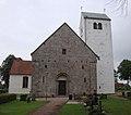 Vä kyrka 02.jpg