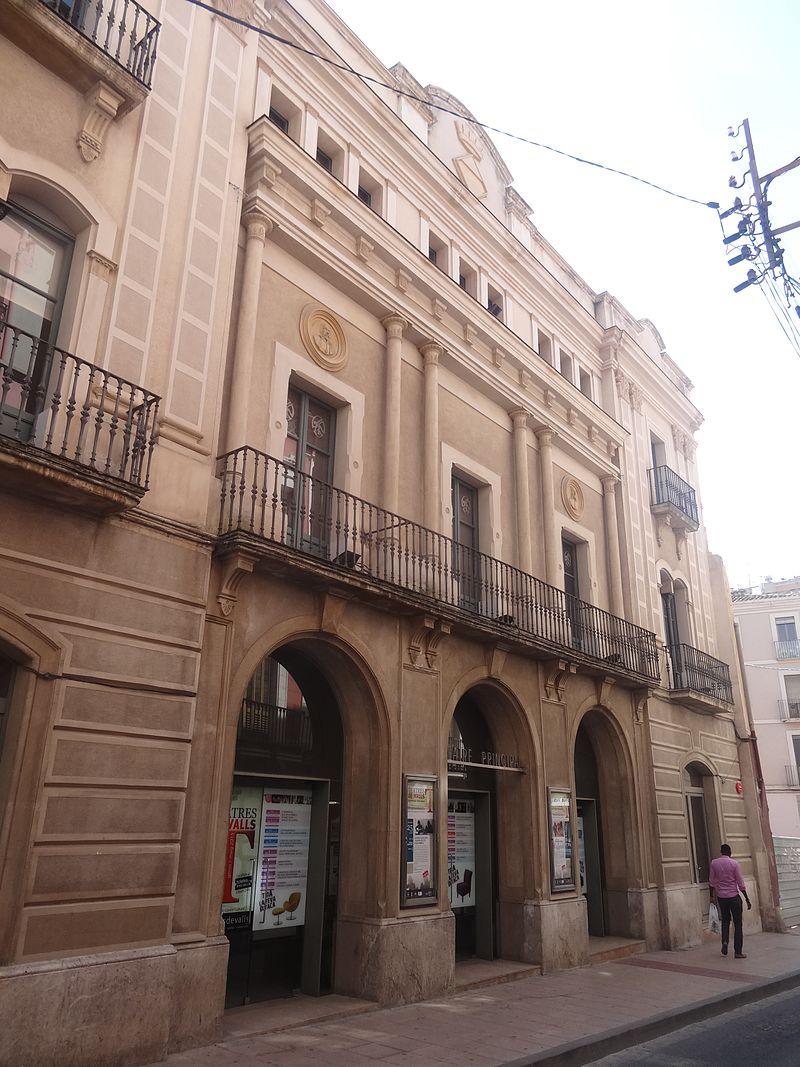 Valls 2015 - 08 Teatre Principal.JPG