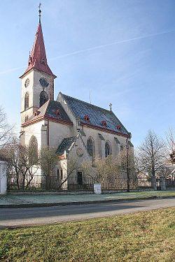 Veletov - kostel Zvěstování Panny Marie.jpg