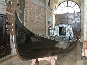 Venice, Doge's Palace, Gondola.jpg