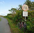 Verboten Fahräder mitzunehmen - panoramio.jpg
