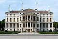 Villa Barbarigo Noventa Vicentina by Marcok itwiki 2009-08-08 n03 rett.jpg