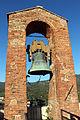 Vinci, castello dei conti guidi, campana della torre 01.JPG