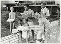 Vrijwilligers van de stichting SVZ ( Stichting Volkszwemfeest) geven les in het Boerhaavebad. In 1997 bestond de stichting 65 jaar. NL-HlmNHA 54037241.JPG