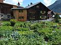 Vrin Holzhaus moderne Anbau.jpg